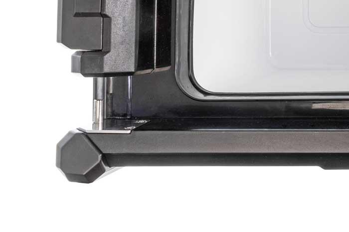 Deckelbefestigung einer ARB Zero Single Kühlbox